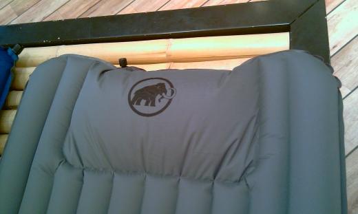 Mammut Comfort Pump Mat – Mit PU-Schaum verstärkte Luftmatratze