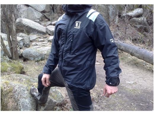 Produkttest: Vertical Shelter Ultra – ultraleichte Hardshell für Kletter- & Rucksacktouren