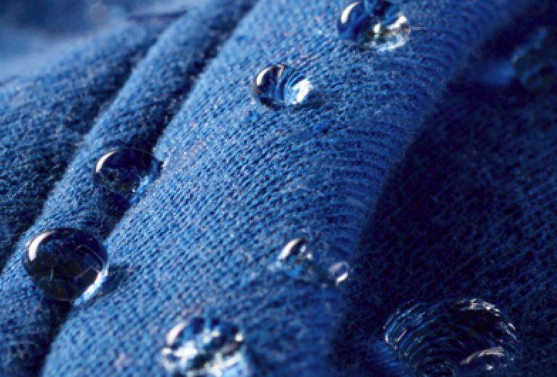 Unempfindliche Baumwolle für Wind & Wetter – Laufen mit der Under Armour STORM-Kollektion