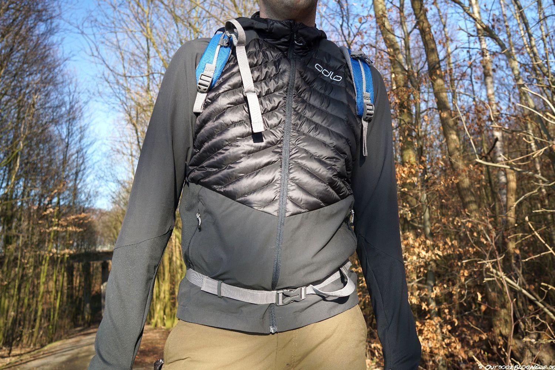 Review: ODLO HYBRID COCOON TREKKING-JACKE – Die leichte Daunenjacke für Trekkingtouren im Praxistest
